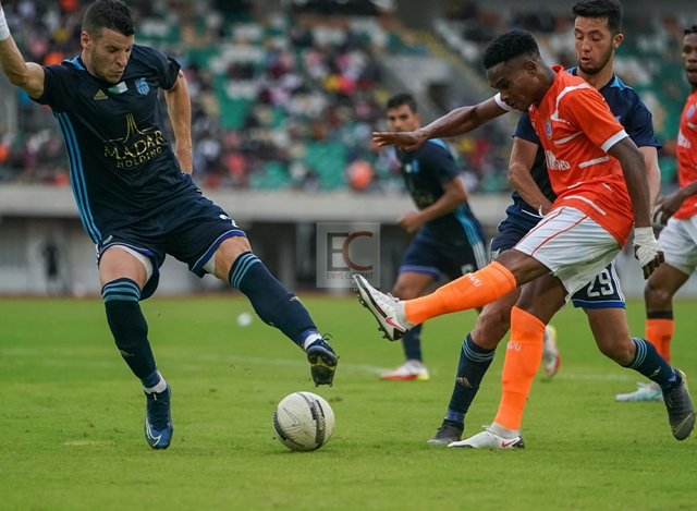 Akwa United Players in action Vs CR Belouizdad Preliminary Rounds 1st Leg, Uyo. September 12th, 2021